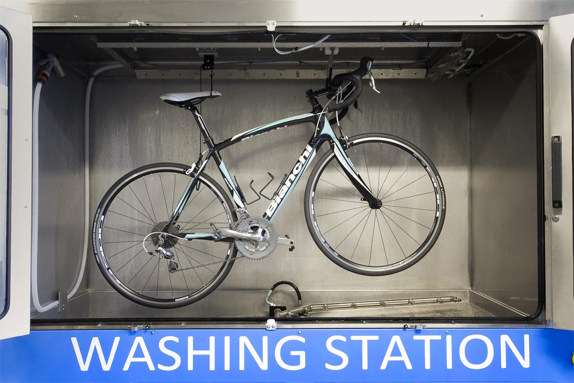 System for bike cleaning
